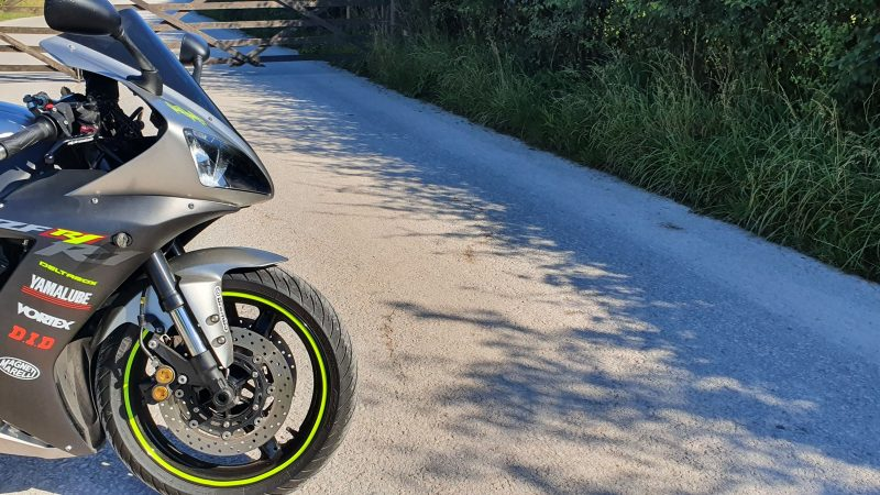 Used Bike Review: Yamaha R1 (2002 – 2003)