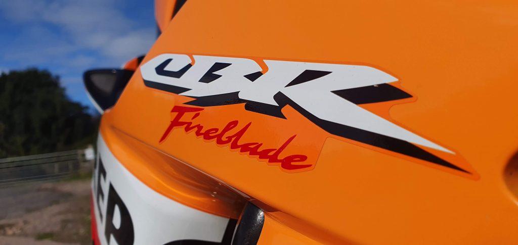 2007 Honda Fireblade review (06-07 CBR 1000RR)